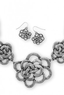 Oxidized Floral Necklace & Earring Set